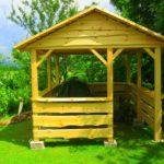 drewniana altana do ogrodu